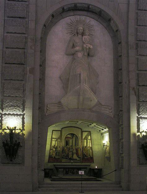 Oración a la Virgen del Carmen para tiempos difíciles ...