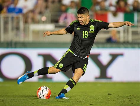 Oribe Peralta pidió no ser convocado a la Selección - AS ...
