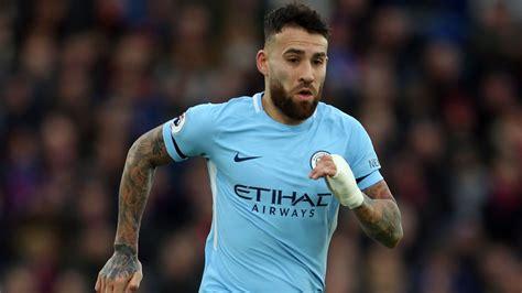 Otamendi pens new Man City deal until 2022   ITV News