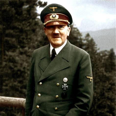 Oy Bey: Adolf Hitler sepultado ocultamente en una cripta ...