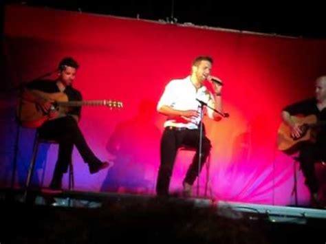 Pablo Alborán le dedica a su madre una canción en Francés ...
