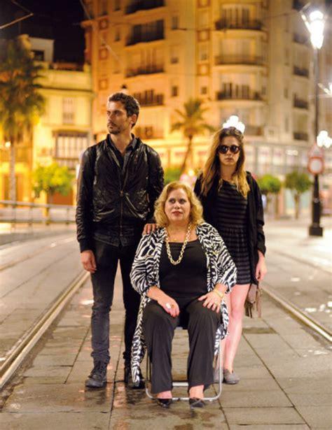 Paco León convierte a su hija en actriz