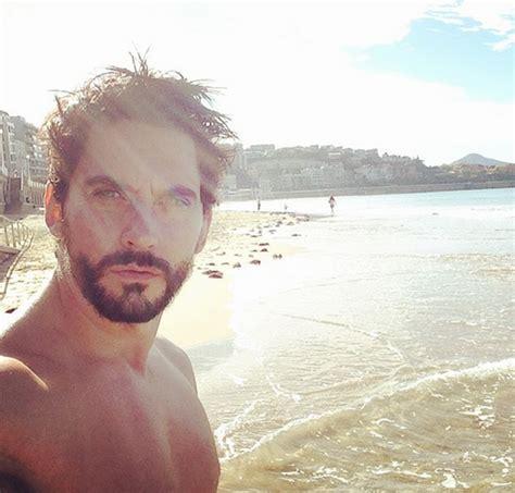 Paco León se despelota en Twitter | Estarguapas