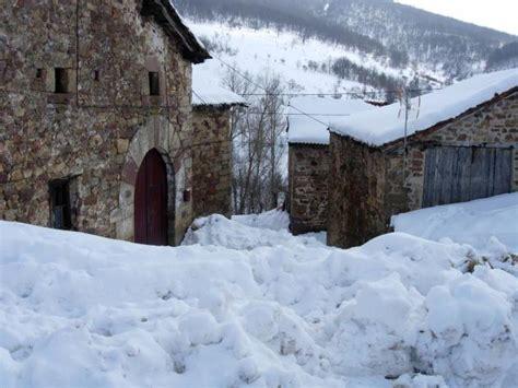 Paisajes nevados extraordinarios, HERRERUELA DE ...