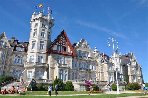 Palacio de la Magdalena - Palace in Santander - Thousand ...