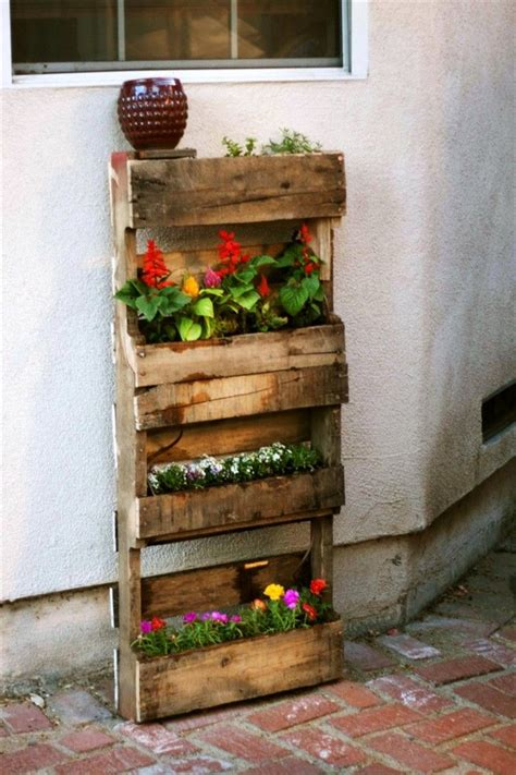 Pallet Gardening Ideas - Pallet Idea