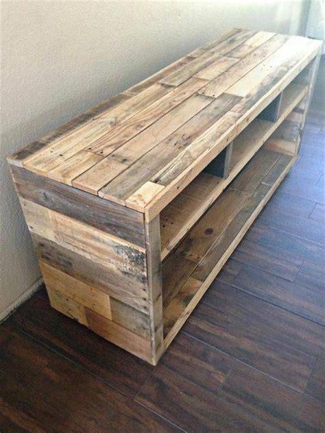 pallet side table or tv stand …   Pallet TV Stands & Racks ...