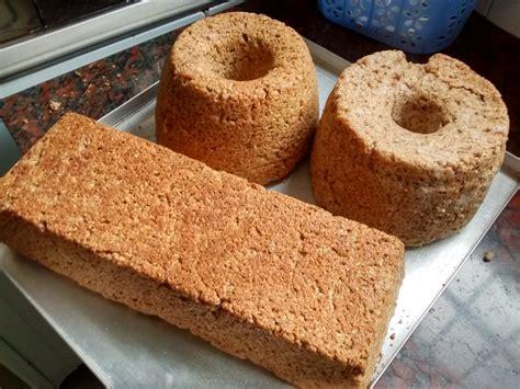 Panes caseros con harina de arvejas, harina de avena y sésamo