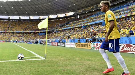 ¿Para qué sirve el banderín de córner? - Fútbol - Eurosport