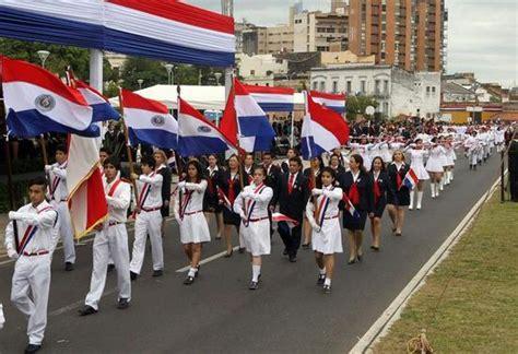 Paraguay celebra su  independencia incruenta    Paraguay.com