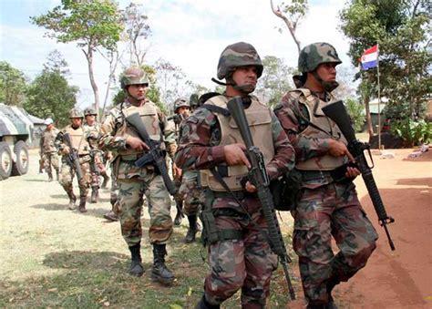 Paraguay enmienda la Constitución: el Ejército asume la ...