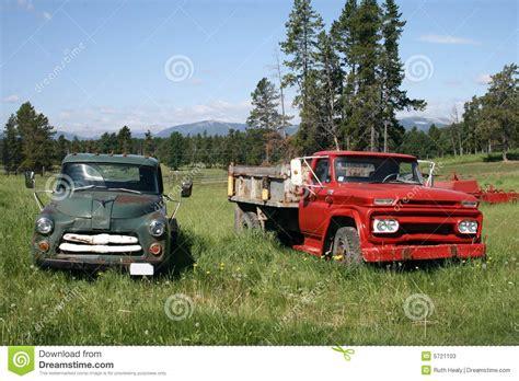Pares De Carros Antiguos Fotos de archivo   Imagen: 5721103
