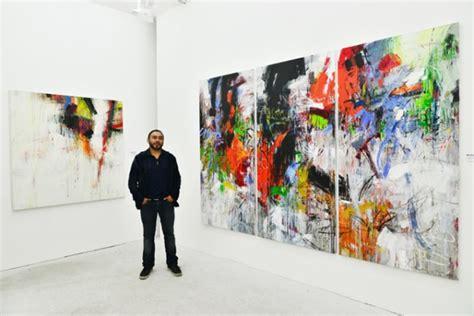París: artista peruano Juan Carlos Zeballos expone su obra ...