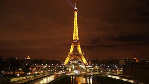 París, la ciudad luz en vivo | Teleaire Multimedia