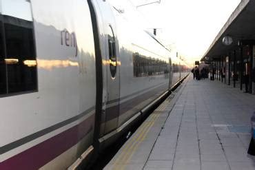 Parlamentarios pedirán trenes Avant y más paradas en la ...