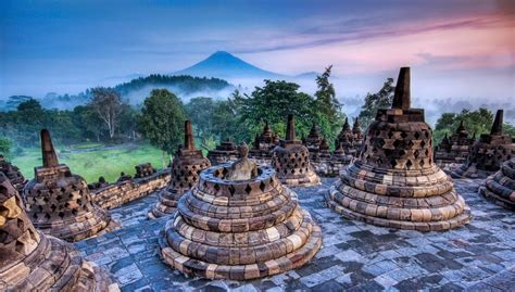 Paseando por la Historia: Borobudur, el templo budista más ...