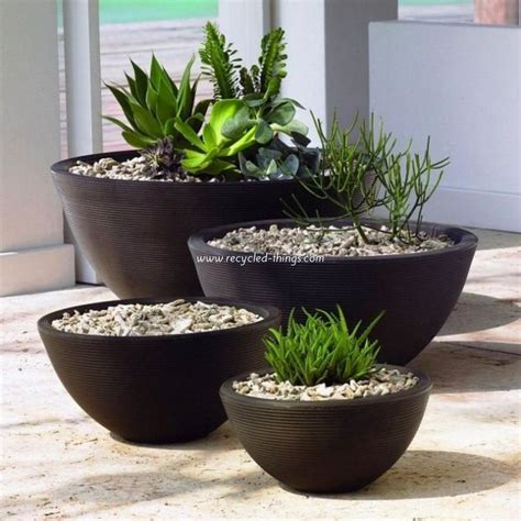 Patio Decor Ideas with Planters / Pots | Recycled Things