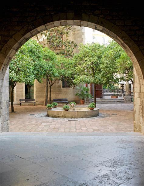 Patio del Museo Frederic Marès | Barcelona Film Commission
