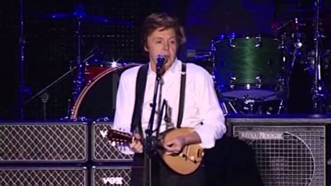 PAUL MCCARTNEY LIVE IN BUENOS AIRES 10 11 2010 - YouTube