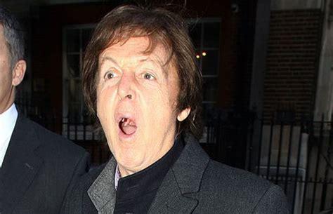 Paul McCartney pelea para recuperar canciones de los Beatles
