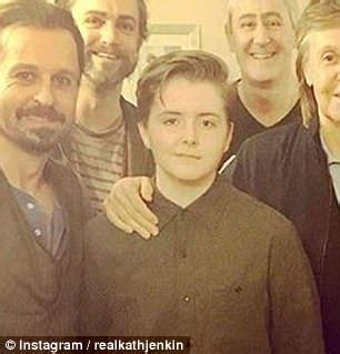 Paul McCartney's daughter Beatrice copies dad's quiff ...