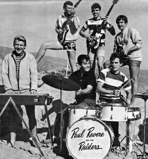 Paul Revere and the Raiders — Wikipédia