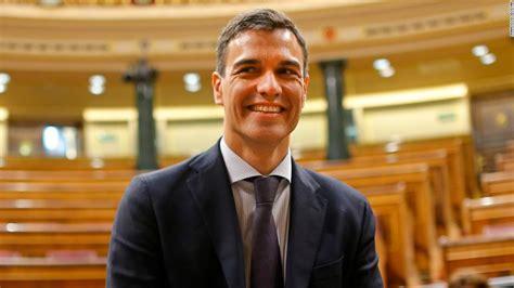 Pedro Sánchez sworn in as Spain s new Prime Minister   CNN