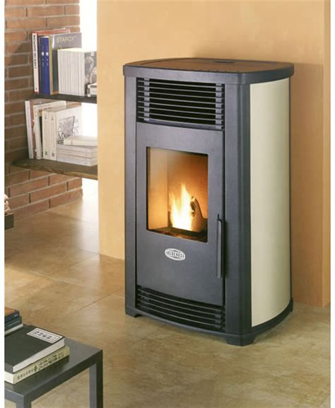 Pellet burning stove from Sideros