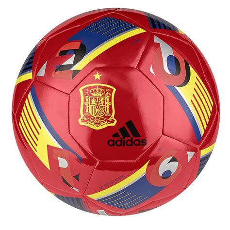 Pelotas y balones de fútbol · Deportes · El Corte Inglés