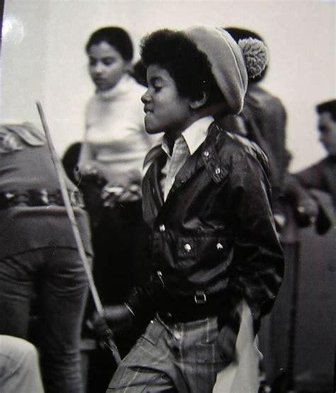 Pequeno Michael em fotos especiais  Fotos raras da ...