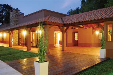 Perretta & Ocampo Arquitectura - Casa estilo campo moderno ...