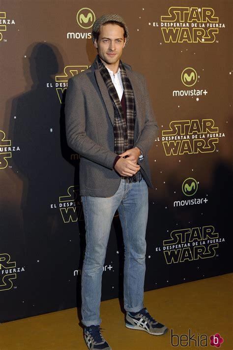 Peter Vives en el estreno de  Star Wars: El Despertar de ...