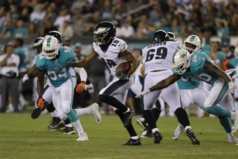 Philadelphia Eagles sign 6 from practice squad as they ...