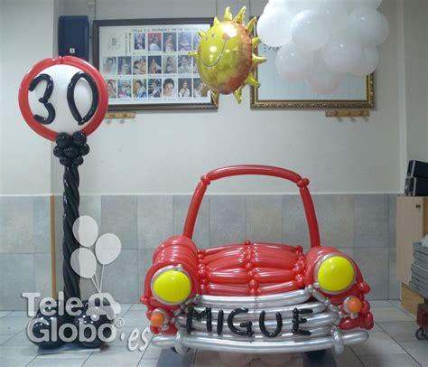 Photocall coche de globos para 30 cumpleaños ...