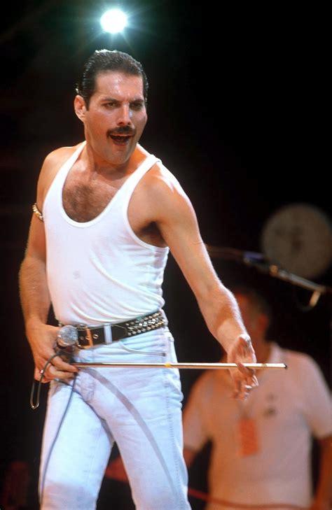 photographingthedead: Freddie Mercury