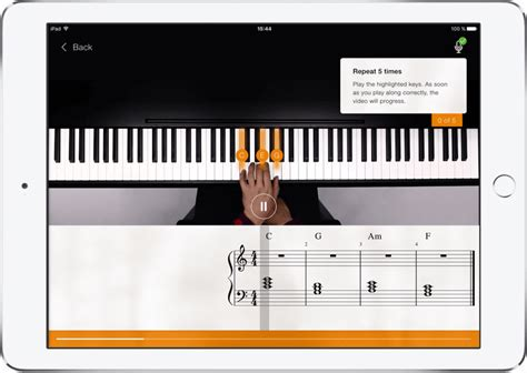 Piano Chords – how to play any Song | flowkey