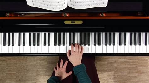 Piano: Teach Yourself To Play