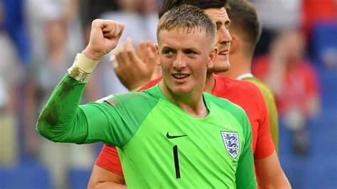 Pickford urged to ignore Bayern talk and stick with ...