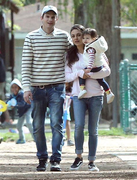 [PICS] Ashton Kutcher & Daughter Wyatt's Matching Outfits ...