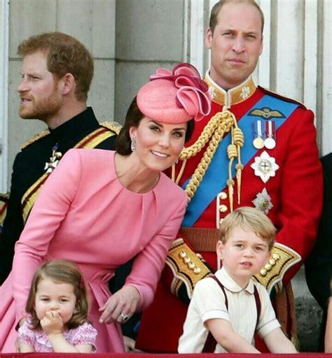Pin de Jackie Kent en Prince William, Kate, George ...