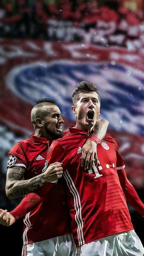 Pin de Yessy Maa en Bayern    Die Mannschaft   Football