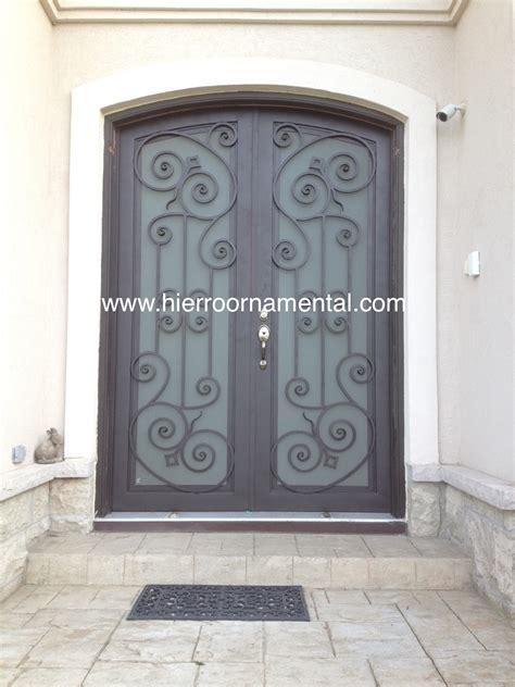 Pin Pin puertas hierro herreria artistica ventanas ...