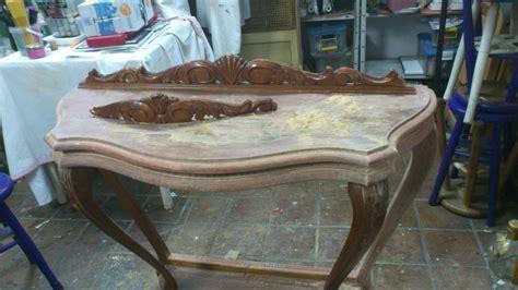 Pintar muebles de madera, decorarlos y transformarlos