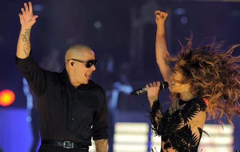 Pitbull and Jennifer Lopez Live It Up | Las GringasBlog