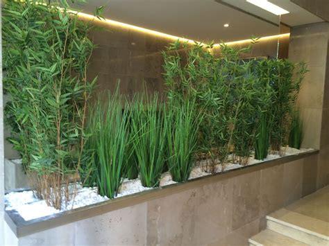 Plantas Decorativas Para Interiores. Bombillas Macetas ...