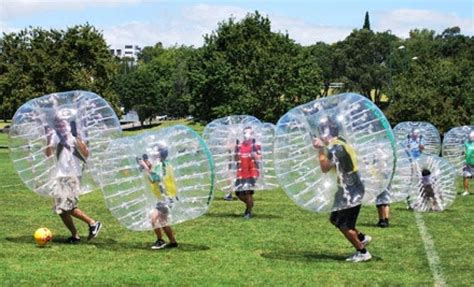 Play Bubble Soccer