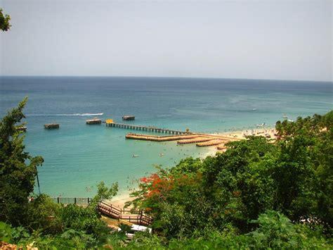 Playa Crash Boat - ZeePuertoRico.com