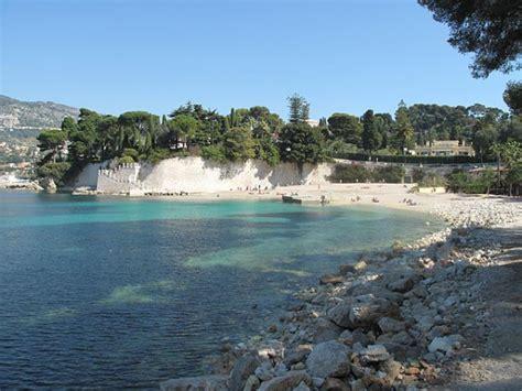 Playas tranquilas en la Costa Azul de Francia