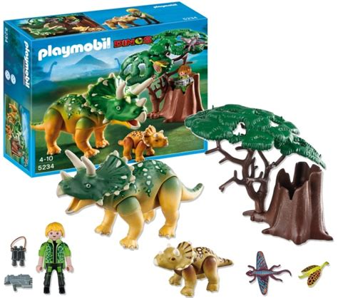 PLAYMOBIL: Dinos   Explorer and Triceratops with Baby ...