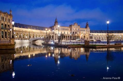 Plaza d'España, Sevilla - Picture of Plaza de Espana ...